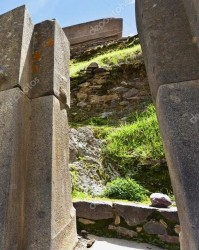 depositphotos_20081999-stock-photo-inca-ruins-of-ollanta - ФР-1.jpg